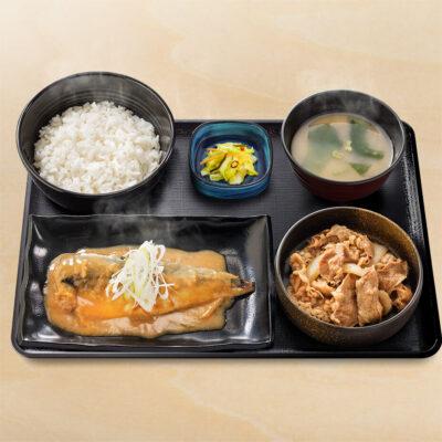 鯖󠄀みそ牛定食
